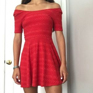 Patterned bright red flowey dress